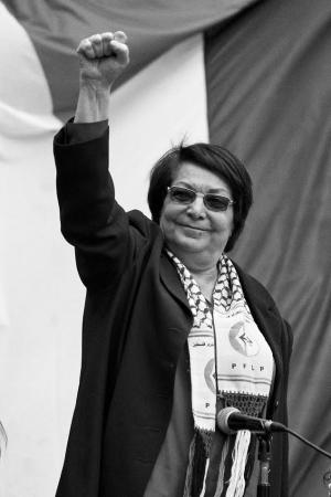 المناضلة ليلى خالد: العدو محكوم بالخوف.. والمخطط الصهيوني لن يتحقق على أرضنا