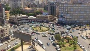قطع طريق طرابلس احتجاجاً على ارتفاع الدولار