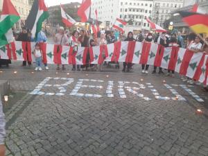 """""""من برلين سلامٌ لبيروت"""".. وقفة تضامنية مع لبنان"""