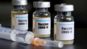 أكثر من 35000 شخص في الشرق الأوسط يتلقون لقاحات كوفيد-19 الصينية في التجارب السريرية